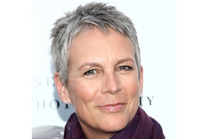gray-hair-celebs-jamie-lee-curtis-01